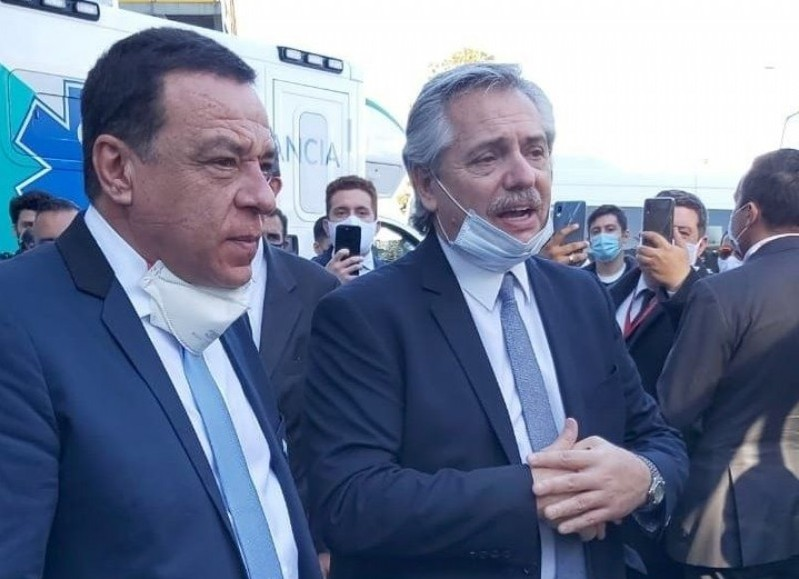 El intendente de Zárate, Osvaldo Cáffaro y el presidente Alberto Fernández.