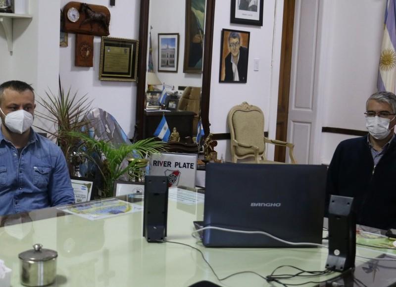 Reunión virtual del intendente Puglelli con el gobernador Kicillof.