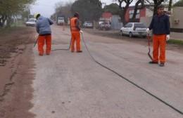 Comenzó el asfaltado del acceso a Cucullu