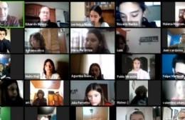 Puglelli habló con alumnos del Colegio Sagrada Familia sobre temas sociales